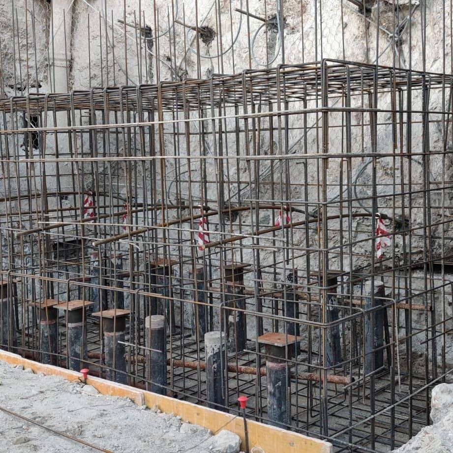Amalfi  pali di fondazione 163