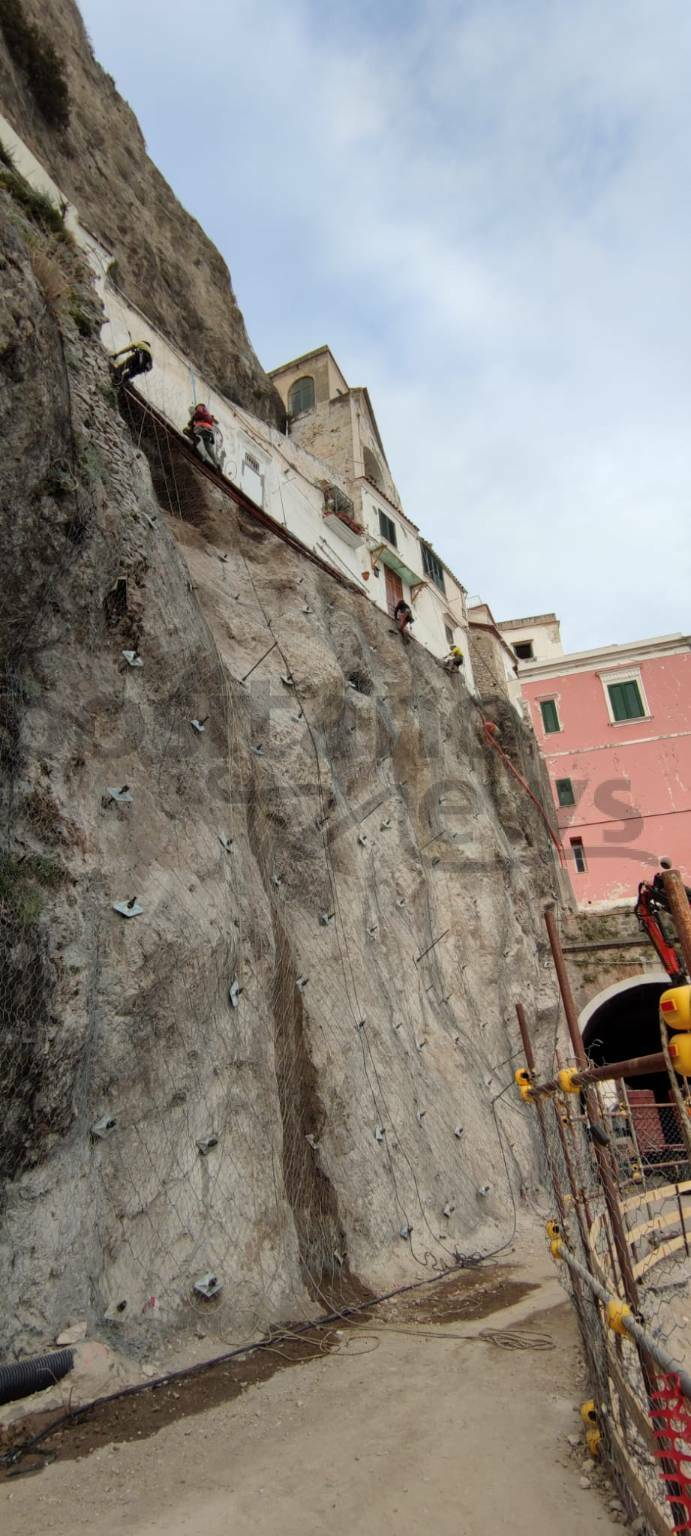 Amalfi, quasi ultimata la messa in sicurezza del costone franato lo scorso 2 febbraio