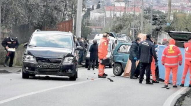 Baronissi: travolto da un'auto, perde la vita un tecnico comunale