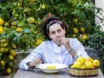 La chef Martina Caruso firma il cornetto ispirato al cannolo siciliano