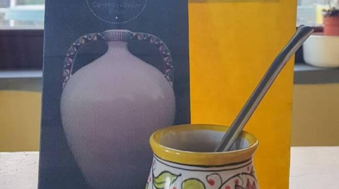Una tradizione Argentina e una Italiana si incontrano: nasce El Mate di Ceramica Amalfitana