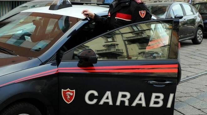 Torino, circuiscono un 97enne, arrestato ex direttore di banca e due badanti.