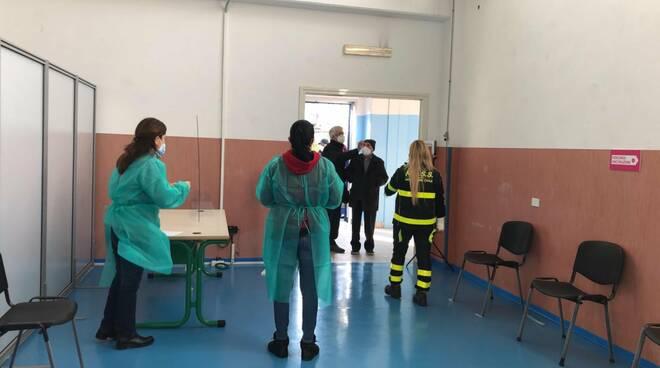Castellammare di Stabia, hub vaccinale: 60 i vaccini somministrati nel giorno di apertura