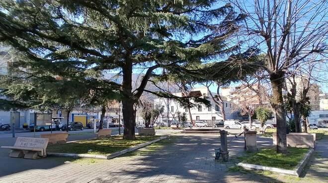 Castellammare di Stabia, la villa comunale si fa bella per la riapertura