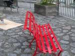 Conca dei Marini: una panchina rossa per celebrare le donne