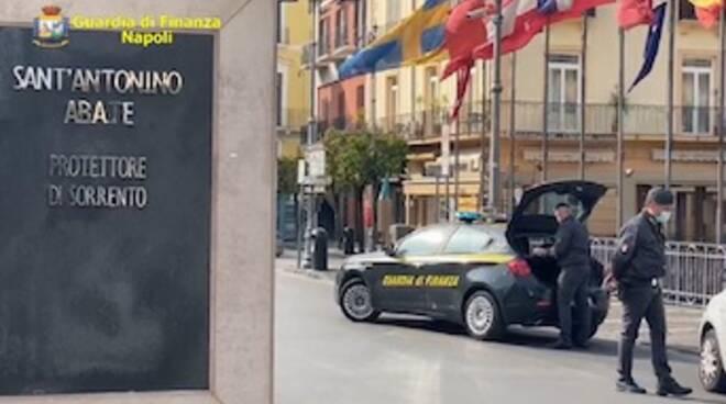 Covid in Provincia di Napoli, nel weekend 1.500 controlli e 101 sanzioni della Finanza