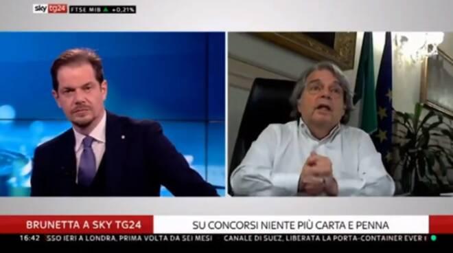 """Il Ministro Brunetta elogia Minori: """"Il Comune mi dà tutti i giorni il quadro della pandemia"""""""