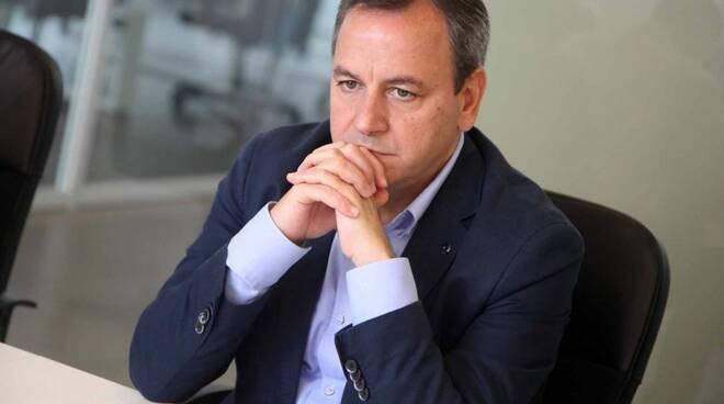 Il sindaco di Torre Annunziata positivo al Covid