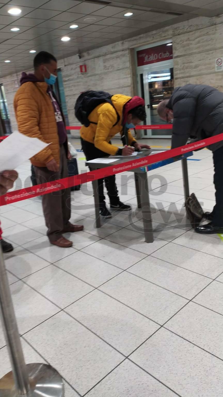 Napoli, aeroporto di Capodichino: pochi controlli anche in zona rossa