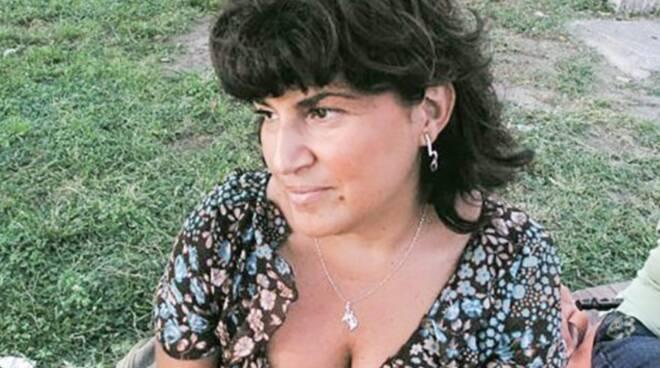 Napoli, insegnante muore pochi giorni dopo il vaccino Covid: aperta inchiesta