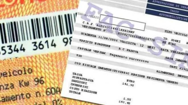 Pendenze bollo auto e multe, il decreto Sostegno cancella i debiti: chi ne beneficia