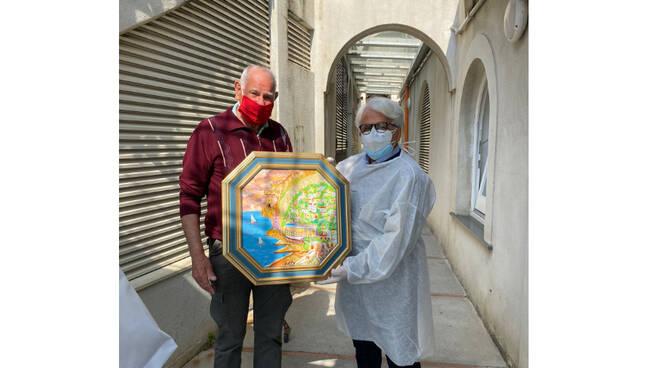 Positano, Antonio Mancuso dona un suo quadro al medico impegnato nelle vaccinazioni