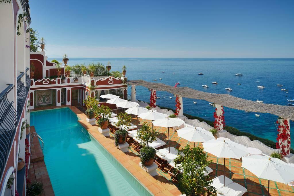 Positano: Le Sirenuse compie 70 anni. La storia di un albergo magico che nasce nel 1951
