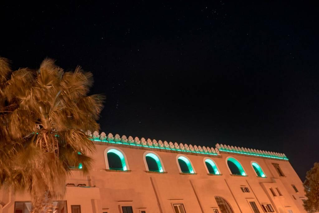 Procida Capitale, Palazzo Merlato si tinge di verde per celebrare San Patrizio e l'Irlanda
