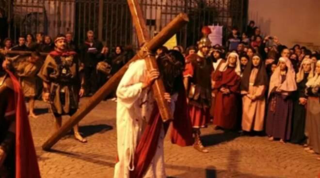 Ravello, la triste rinuncia alla Via Crucis