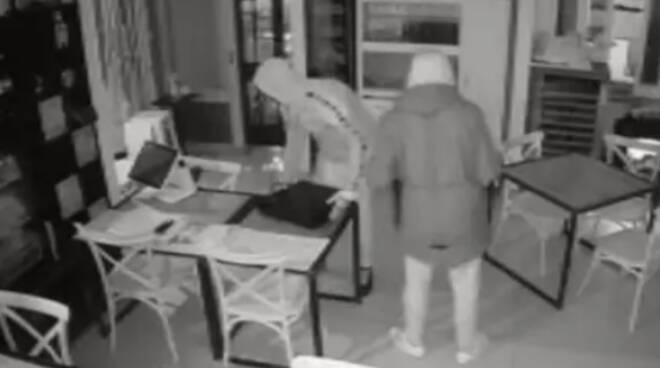 Salerno, finalmente arrestati i ladri responsabili dei vari furti