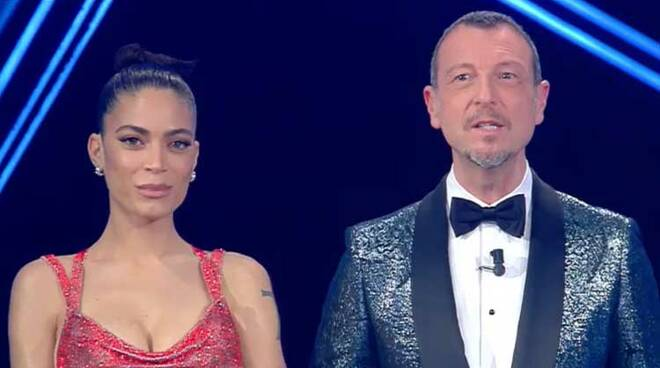Sanremo 2021: è bufera sulla giuria