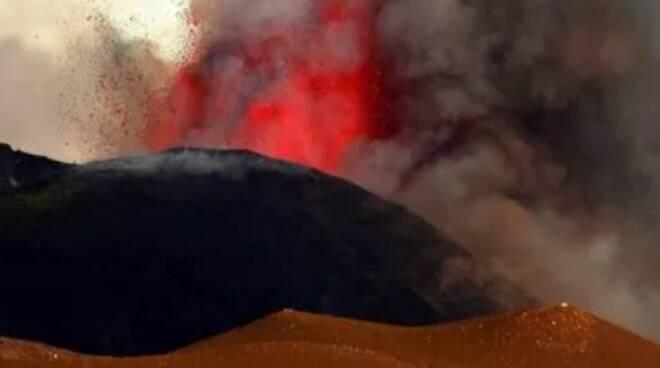 Sicilia, l'attività eruttiva dell'Etna è in aumento