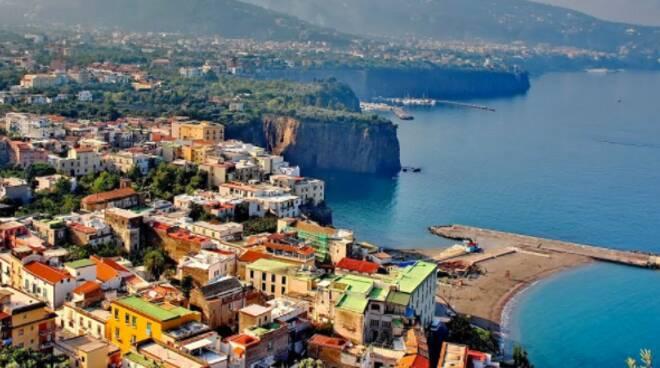 Sorrento, l'avvio di forme di turismo sostenibile, il recupero dell'ambiente e la tutela del territorio