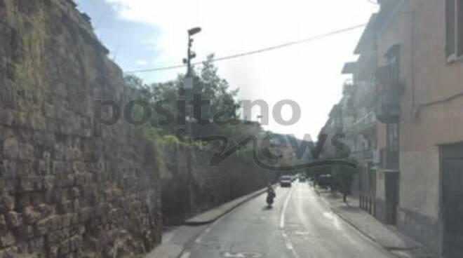 """Sorrento,prolungamento lavori sul Corso Italia a """"sottomonte"""". Imprevisto, oppure """"disattenzione"""" del geologo?"""