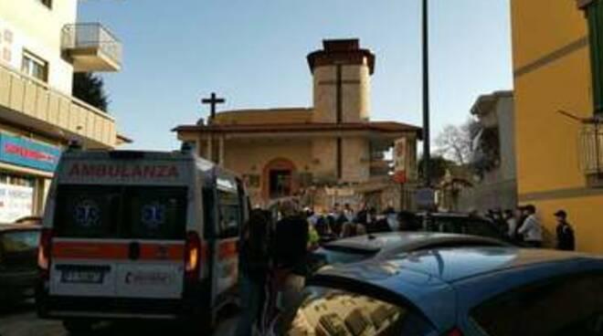 Tragedia a Marano, mamma di un bimbo di 4 mesi si lancia dal balcone