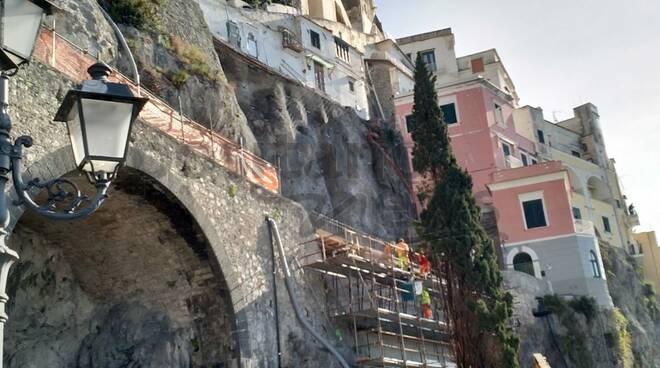 Amalfi lavori sulla S.S. 163 Amalfitana