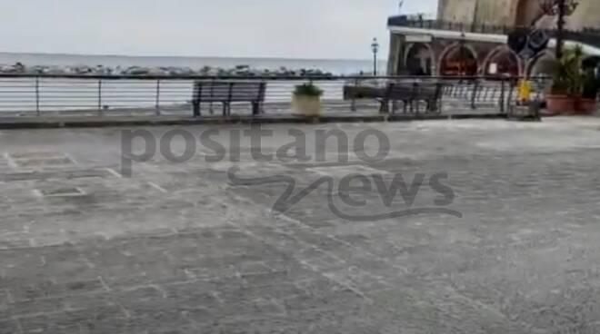 Atrani, quasi terminati i lavori in Piazzale Marinella: ecco la nuova pavimentazione