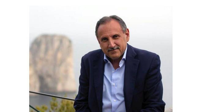 """Capri, il sindaco Marino Lembo: """"Pronti alla vaccinazione di massa. Sarà un'estate con le regole"""""""