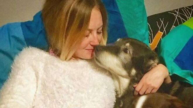 Storia di Polina e dei suoi cuccioli