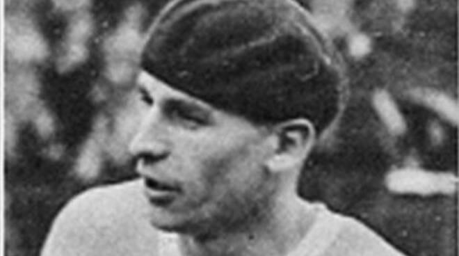 Con il goal di ieri Mertens raggiunge Anton Vojak, il bomber col basco