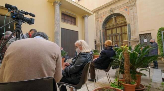 Coronavirus, in Sicilia vaccini anche in Chiesa