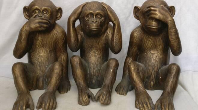 Fondazione Ravello e le tre scimmiette: non vedo, non sento, non parlo