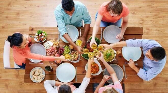Il piacere di stare a tavola: la cultura del cibo