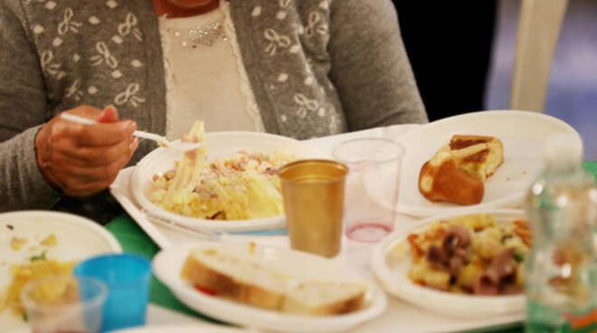 L'Ordine dei medici di Salerno offre 400 pasti per Sabato Santo e Pasquetta