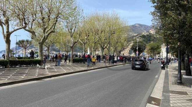 Maiori protesta contro il depuratore: tanti i cittadini presenti alla manifestazione