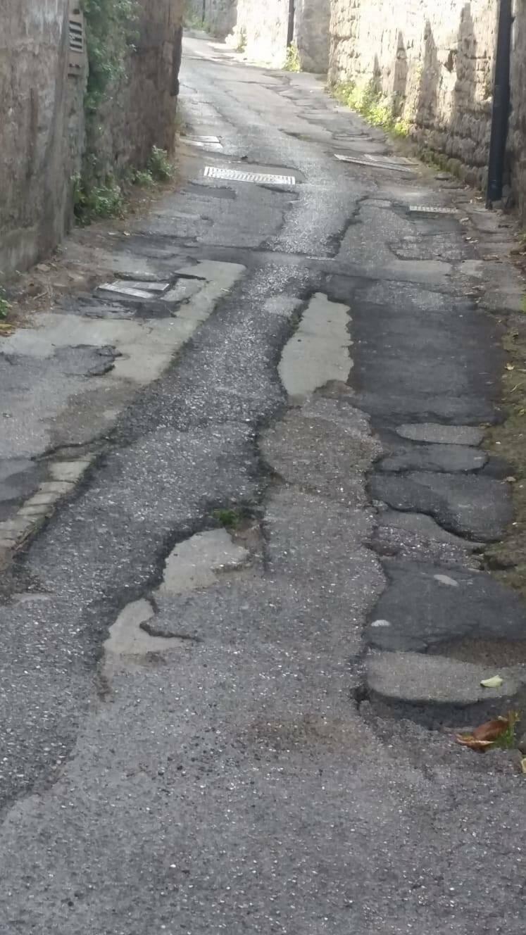 """Piano di Sorrento, Salvatore Mare su Via San Vito: """"Cosa stanno aspettando?"""""""