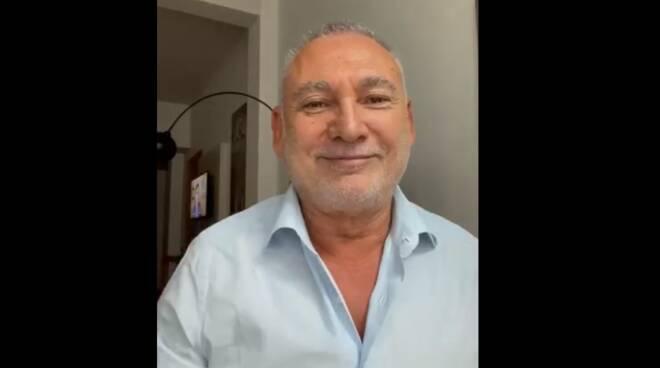 """Polemica 'Città Segrete', interviene anche Francesco Paolantoni: """"Così non ci offendi, ci deludi. Vieni a Napoli, ti raccontiamo un po' di cose e ti offriamo un babà"""""""