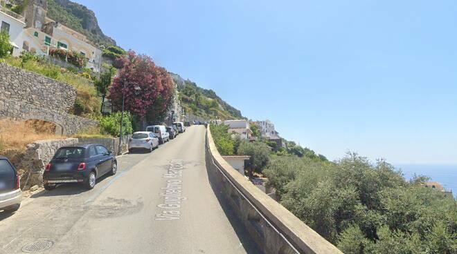 Praiano, riqualificazione strade: divieto di sosta a Via G.Marconi e località Muriciello