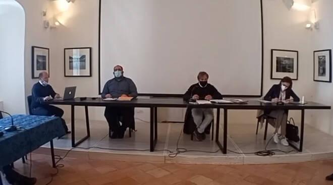Ravello, in corso la seduta straordinaria del consiglio comunale