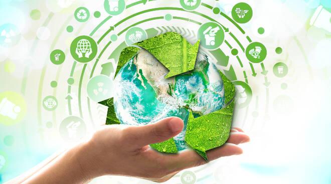 Riciclaggio dei rifiuti: l'Italia prima nell'Ue con il 79%