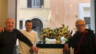 Sorrento, gli auguri al maestro della moda Giuseppe Tramontano da Daniele Cipriano del Premio Danza Positano