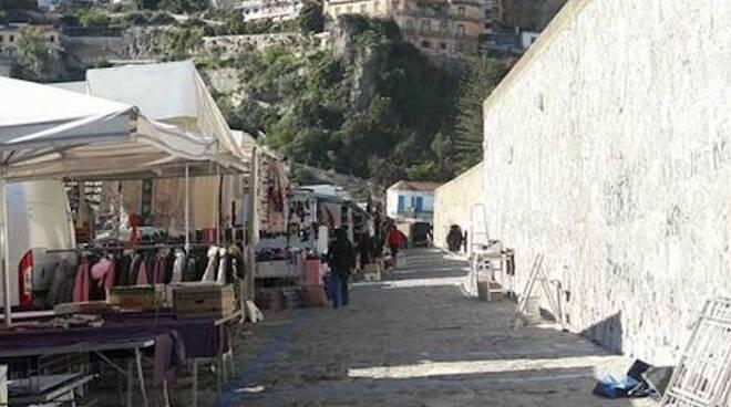 Amalfi: mercoledì 2 giugno sospeso il mercato settimanale