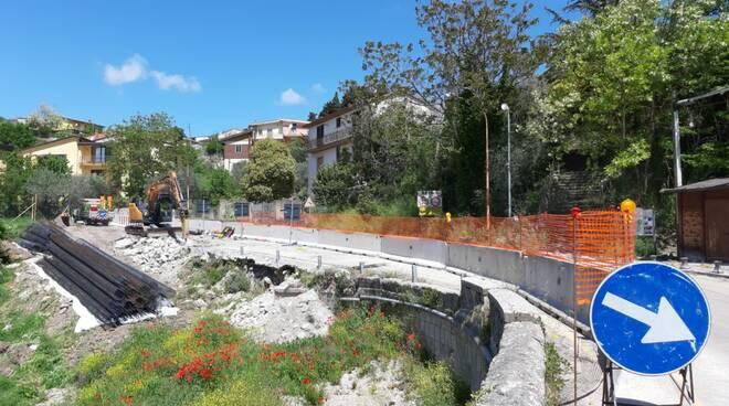 Avanzano i lavori di manutenzione programmata sul ponte 'Reinello', lungo la SS212 di Benevento