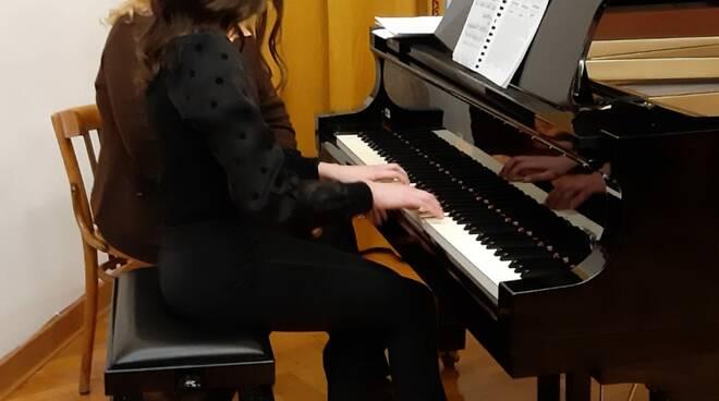Liceo musicale De Filippis Galdi di Cava de' Tirreni Al via la maratona pianistica per celebrare la musica