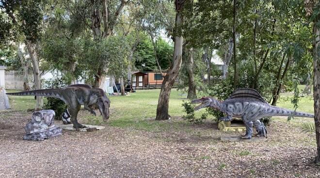Living Dinosaurs alla Mostras d\'Oltremare a Napoli dal 22 maggio tra il laghetto di Fasilides e il Parco Robinson