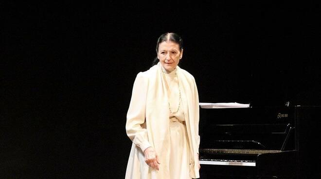 Carla Fracci, le parole del Sindaco di Sorrento per ricordare la ballerina scomparsa