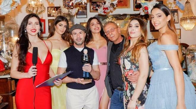 Entra nel vivo la Fashion Week Napoli 2021: ieri la cerimonia nella storica bottega Ferrigno
