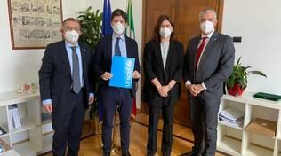 Il ministro della Salute Speranza incontra l'Unicef: collaborazione per una campagna di vaccinazione contro il Covid in tutti i Paesi