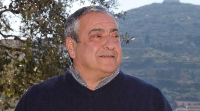 """Massa Lubrense in lutto, è scomparso Peppe D'Esposito. Il cordoglio del sindaco: """"Compagno di mille battaglie politiche"""""""