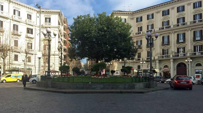 Napoli: dal Vomero ai Quartieri Spagnoli, un magico viaggio nel tempo